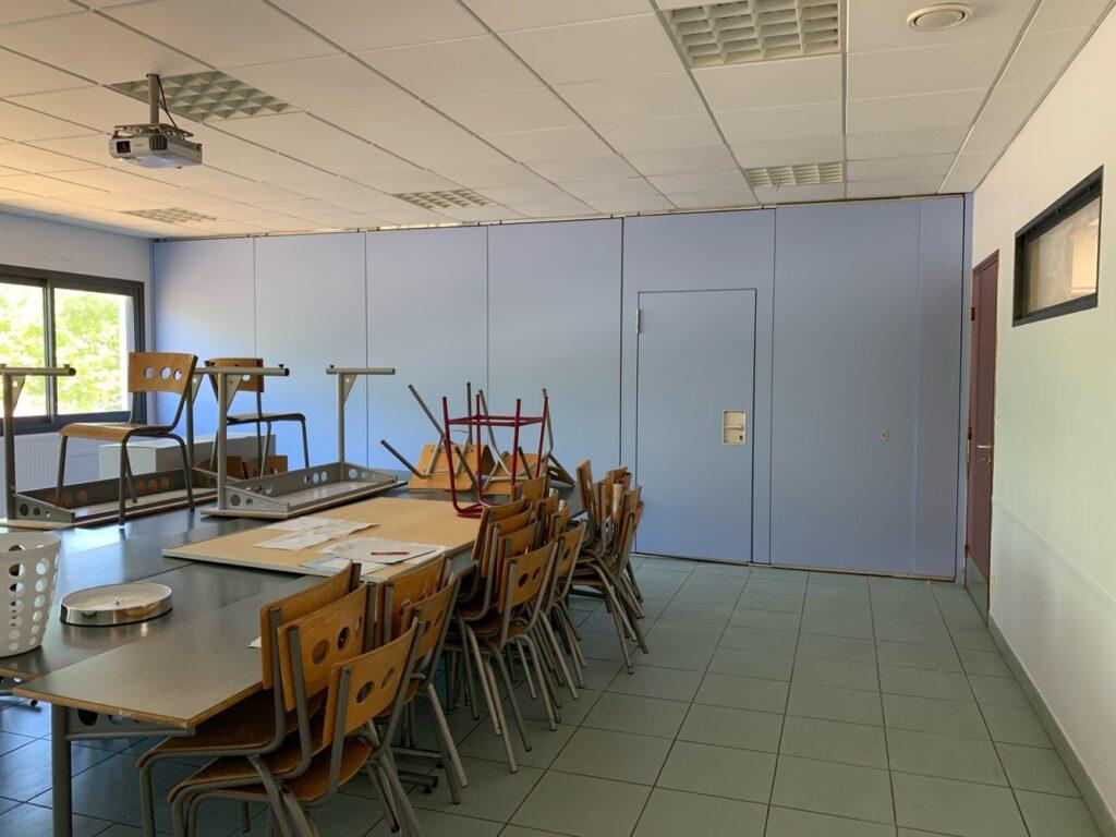 Salle de classe repeinte en violet par Prebois & Fils - Peintre Montpellier